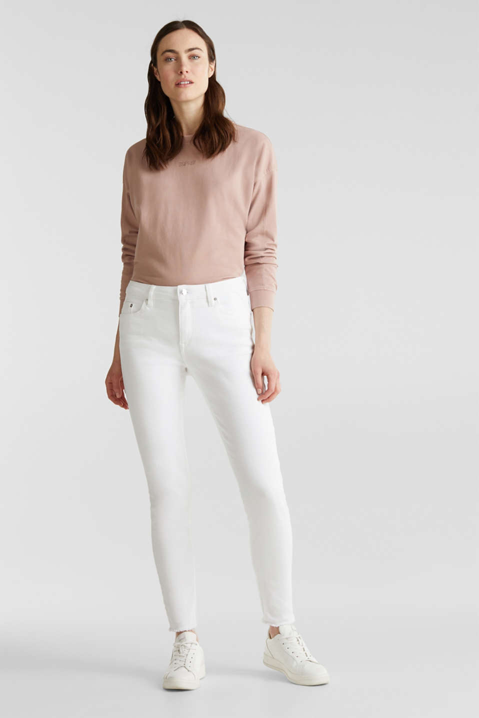 Esprit - Ankle-length jeans with frayed leg openings