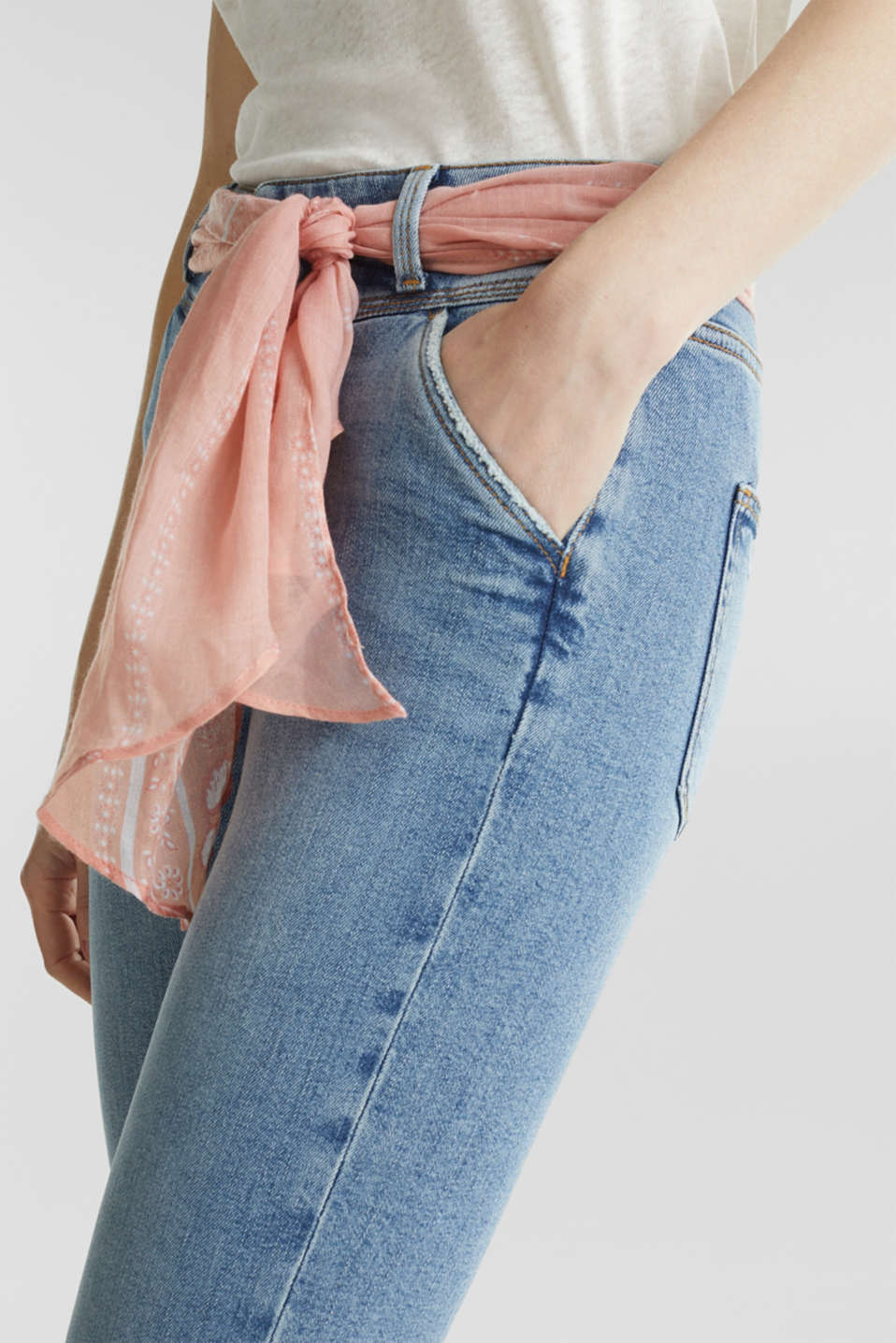 Ankle-length jeans with a bandana, BLUE MEDIUM WASH, detail image number 2