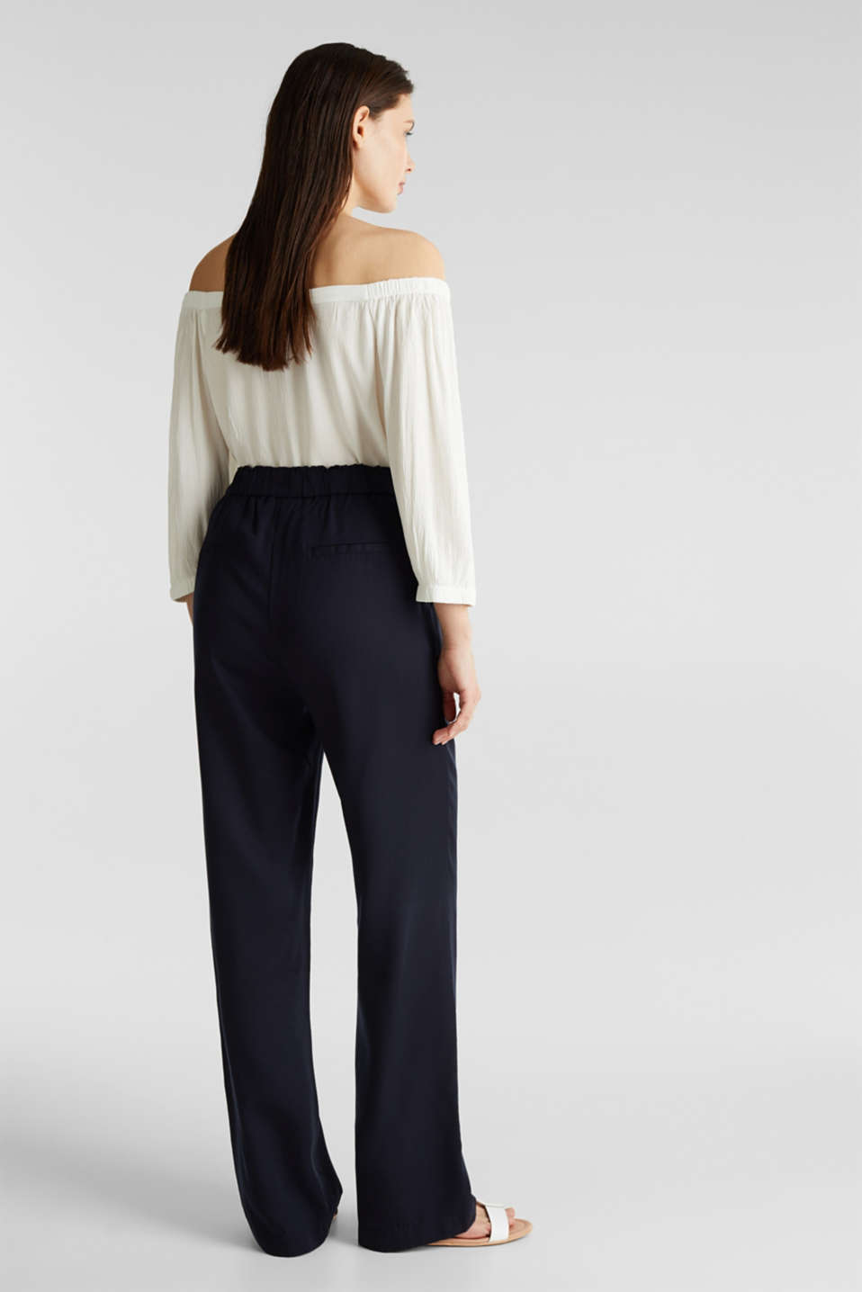 Trousers with a comfy waistband, TENCEL™, NAVY, detail image number 2