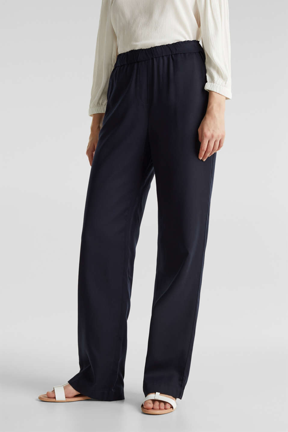 Trousers with a comfy waistband, TENCEL™, NAVY, detail image number 4