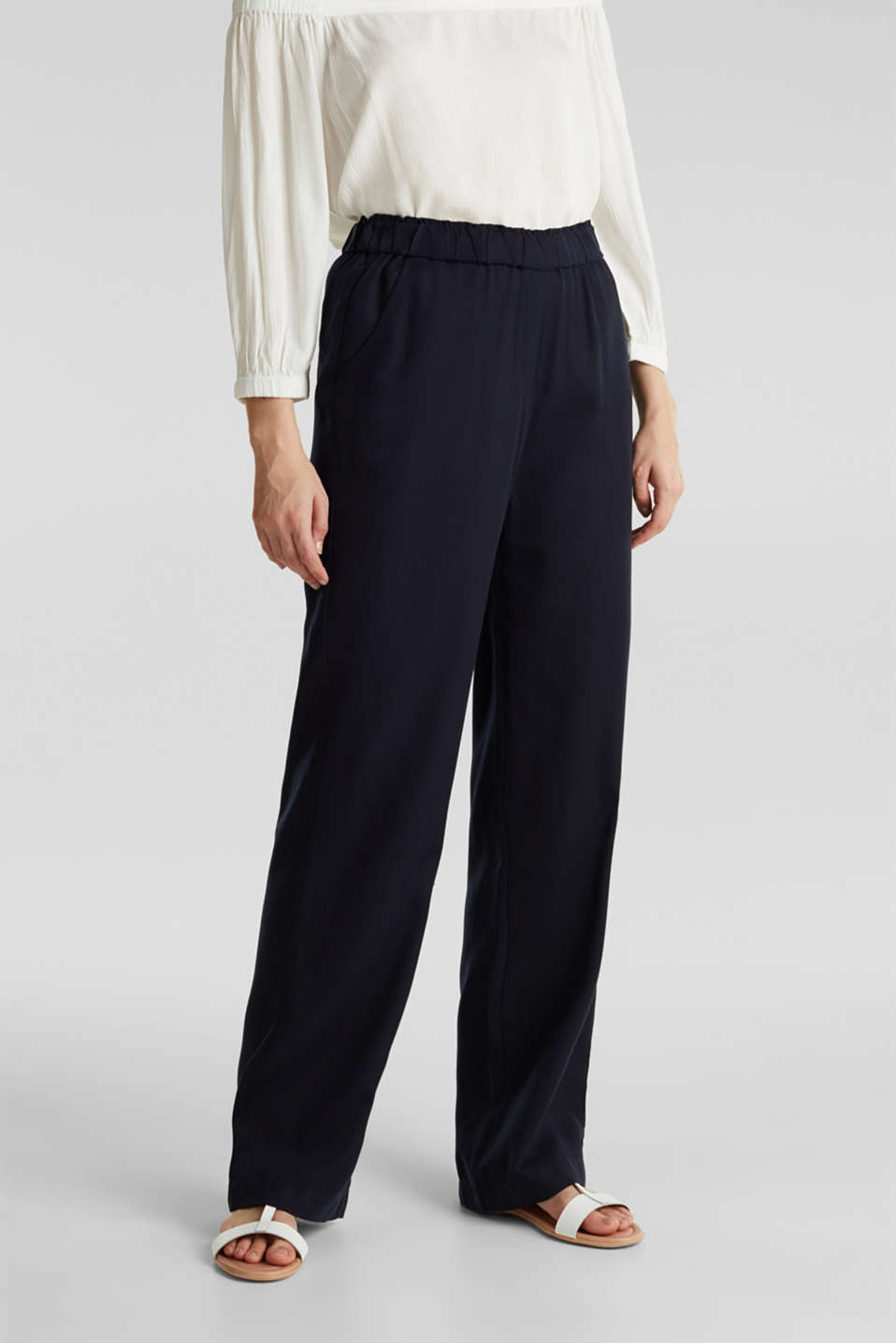 Trousers with a comfy waistband, TENCEL™, NAVY, detail image number 6