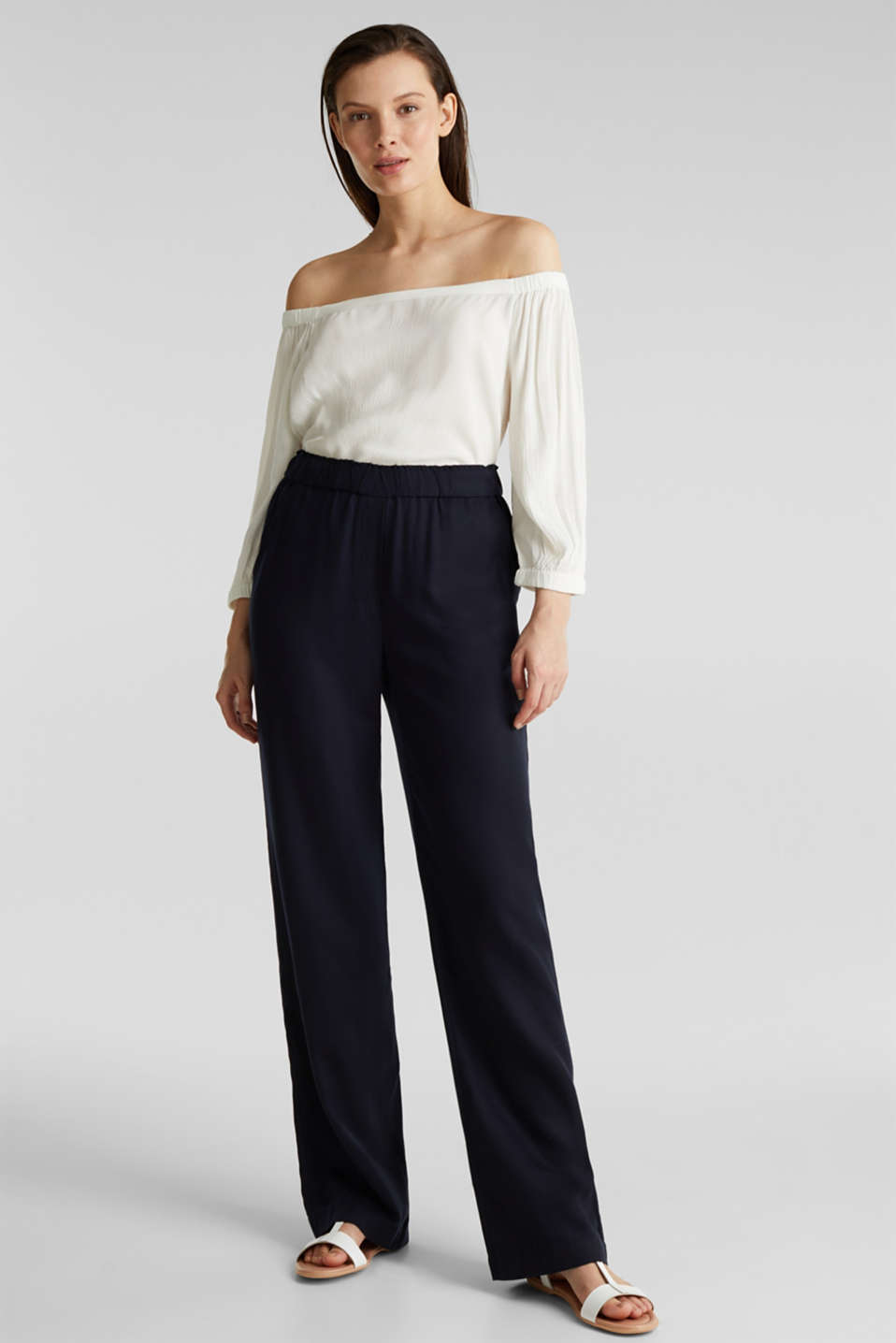 Trousers with a comfy waistband, TENCEL™, NAVY, detail image number 1