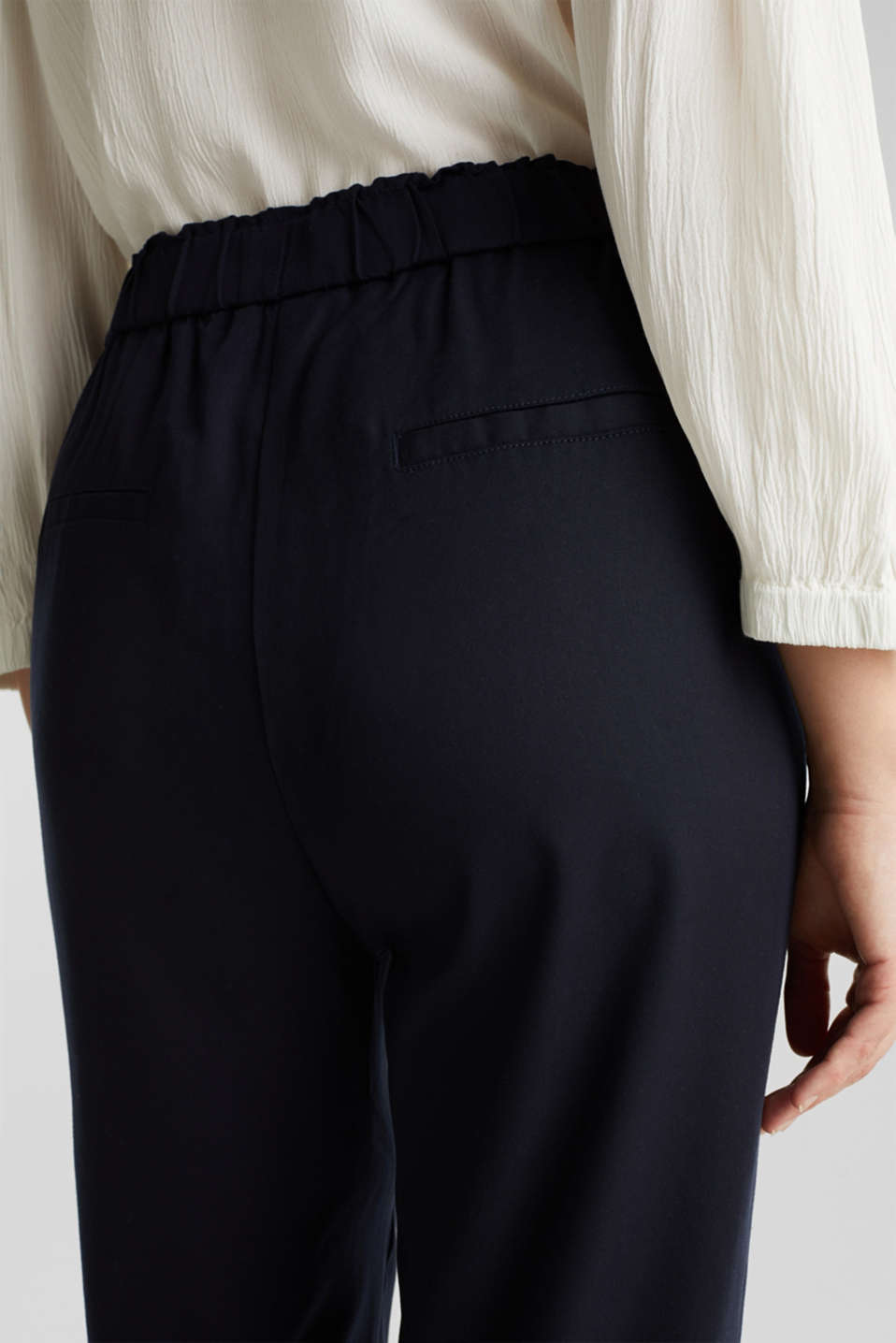 Trousers with a comfy waistband, TENCEL™, NAVY, detail image number 5