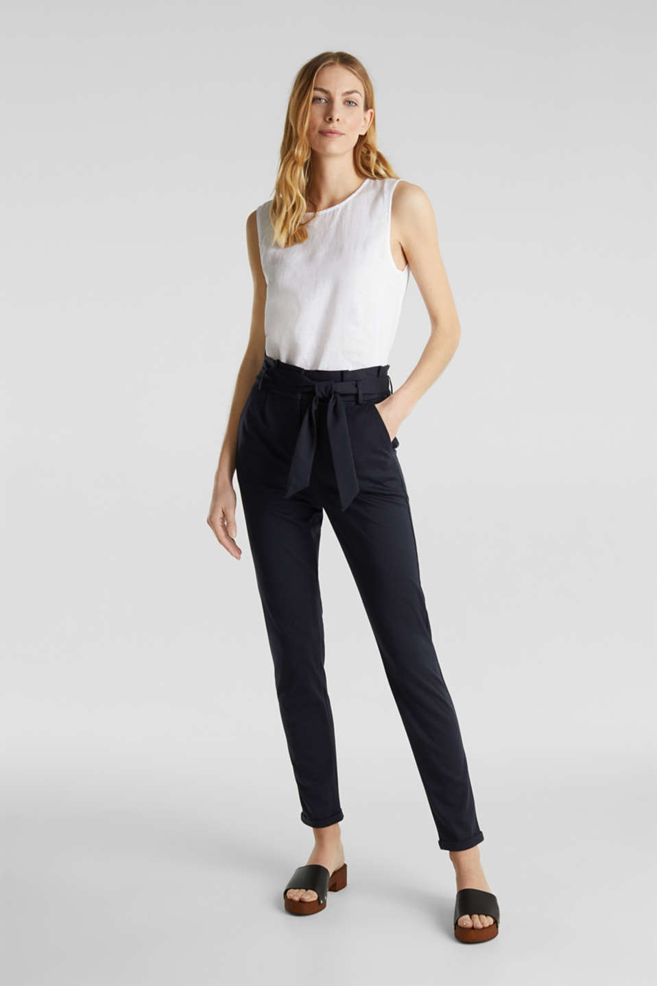 Melange trousers with paper bag waistband, NAVY, detail