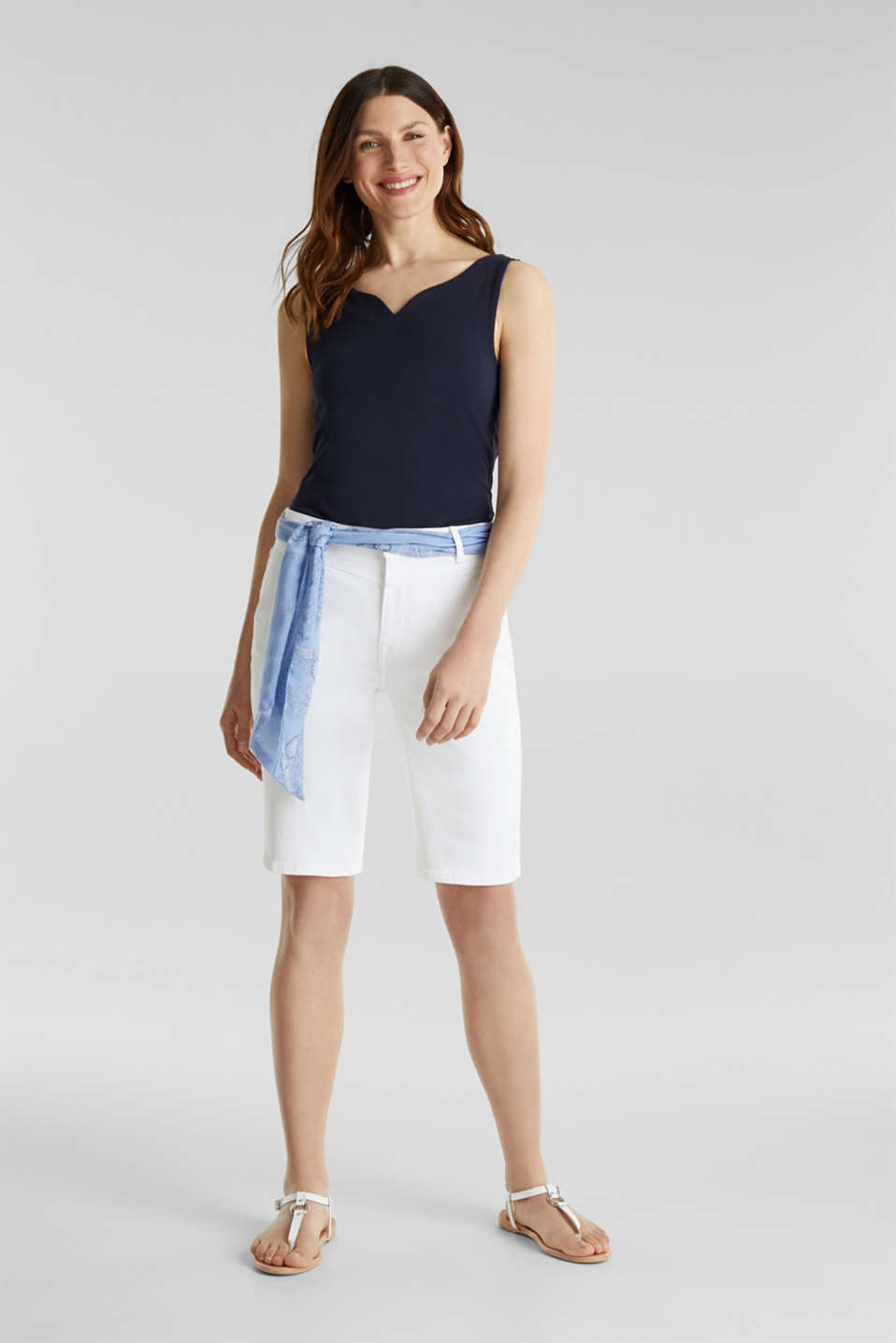 With TENCEL™: Bermudas with bandana, WHITE, detail image number 0