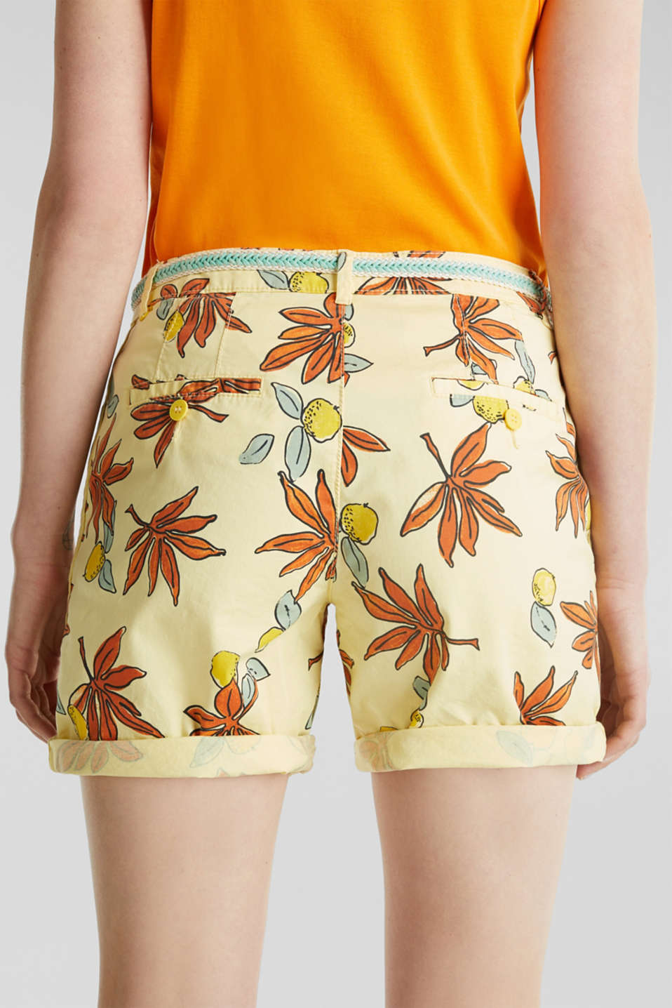Cotton shorts with Lycra xtra life™, BRIGHT YELLOW, detail image number 4