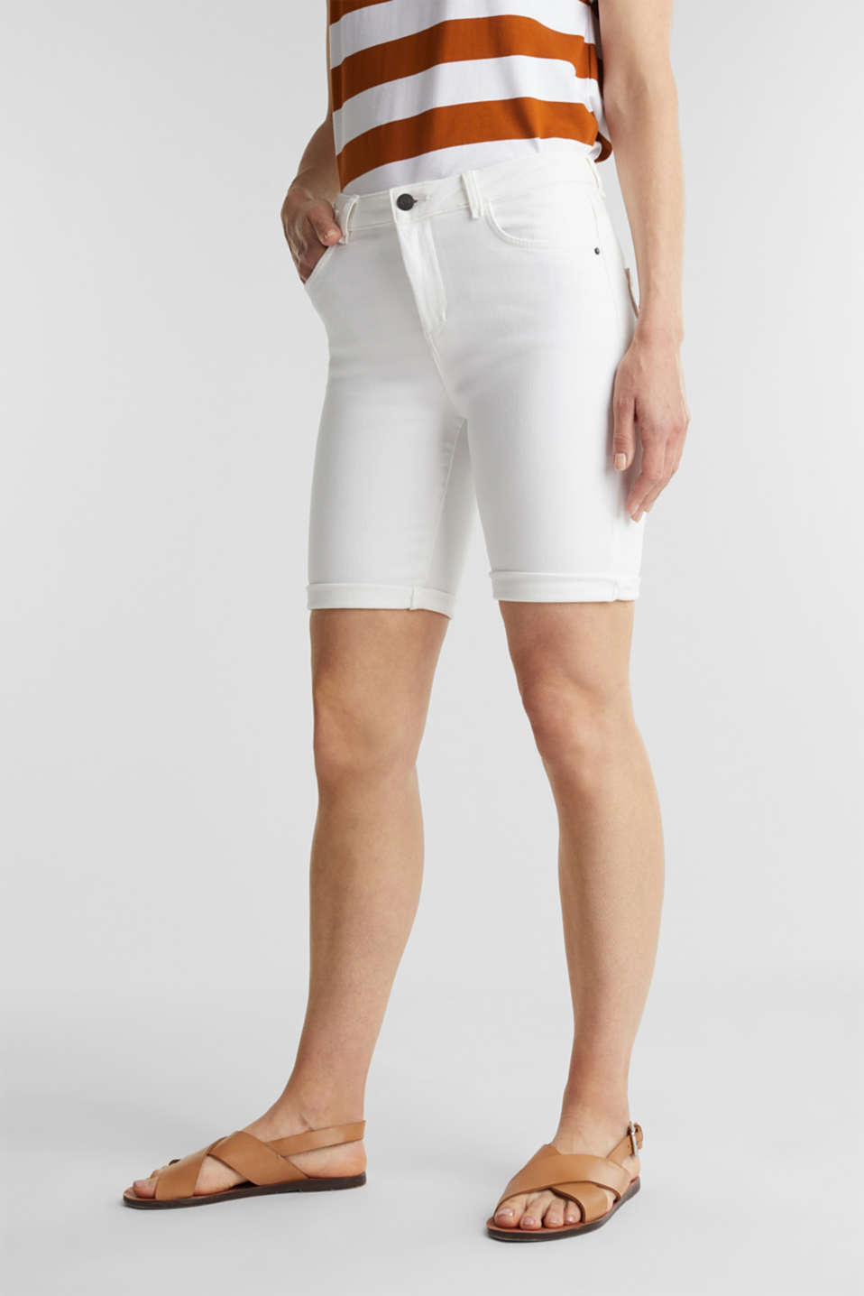 Esprit - EarthColors® short in joggingstijl