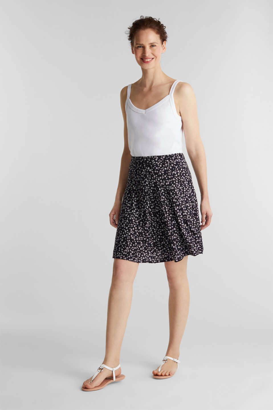 Printed skirt made of LENZING™ ECOVERO™, NAVY 4, detail image number 0