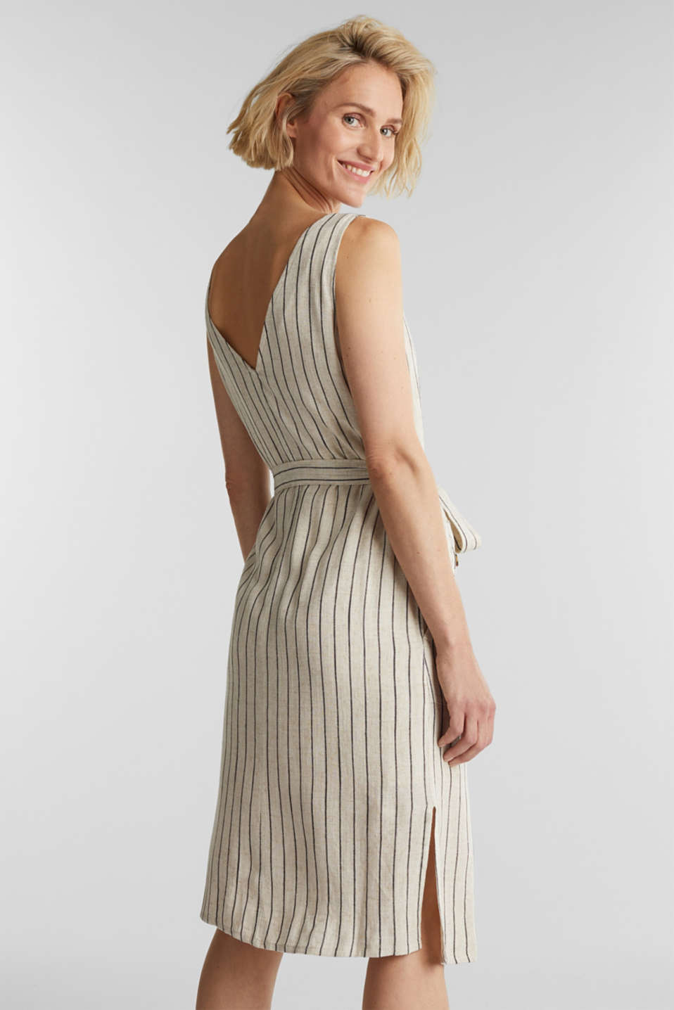 Linen blend: sheath dress with a belt, SAND 4, detail image number 2