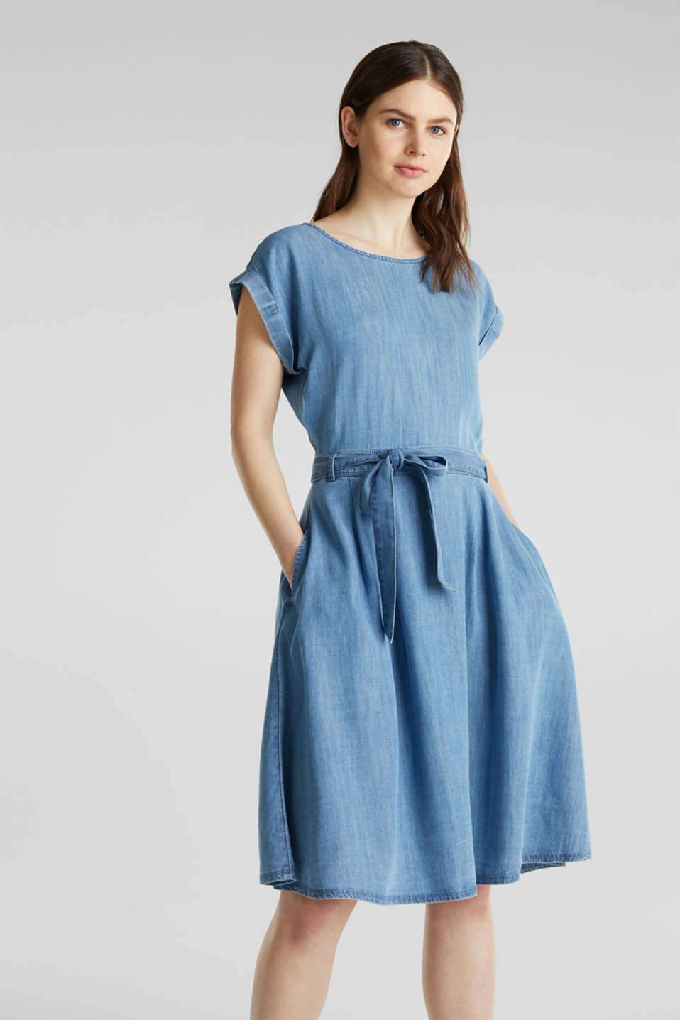 Esprit - Abito in denim con cintura, TENCEL™