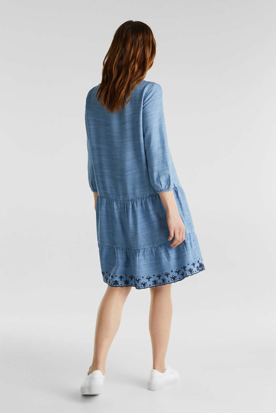 Made of TENCEL™: embroidered dress, BLUE MEDIUM WASH, detail image number 2