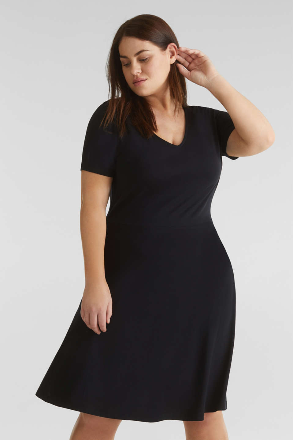 Esprit - CURVY Jersey-Stretch-Kleid mit V-Neck