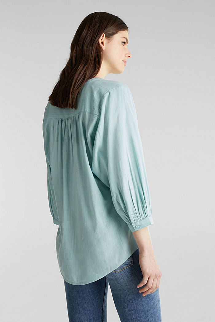 Textured blouse with batwing sleeves