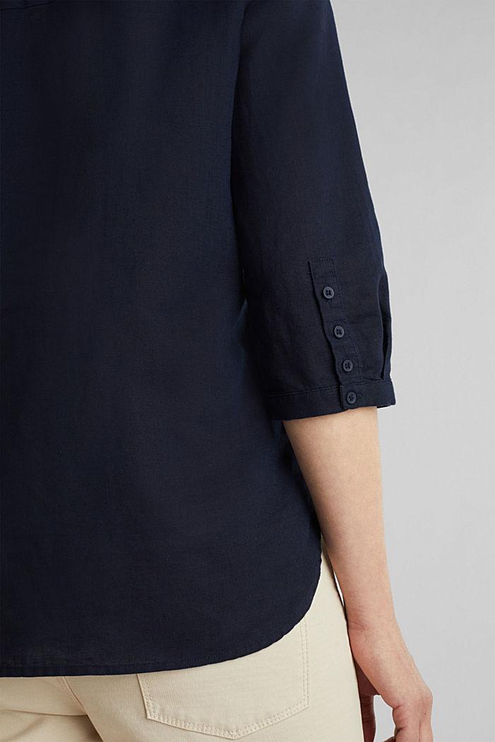 En mezcla de lino: blusa con mangas de tres cuartos, NAVY, detail image number 2