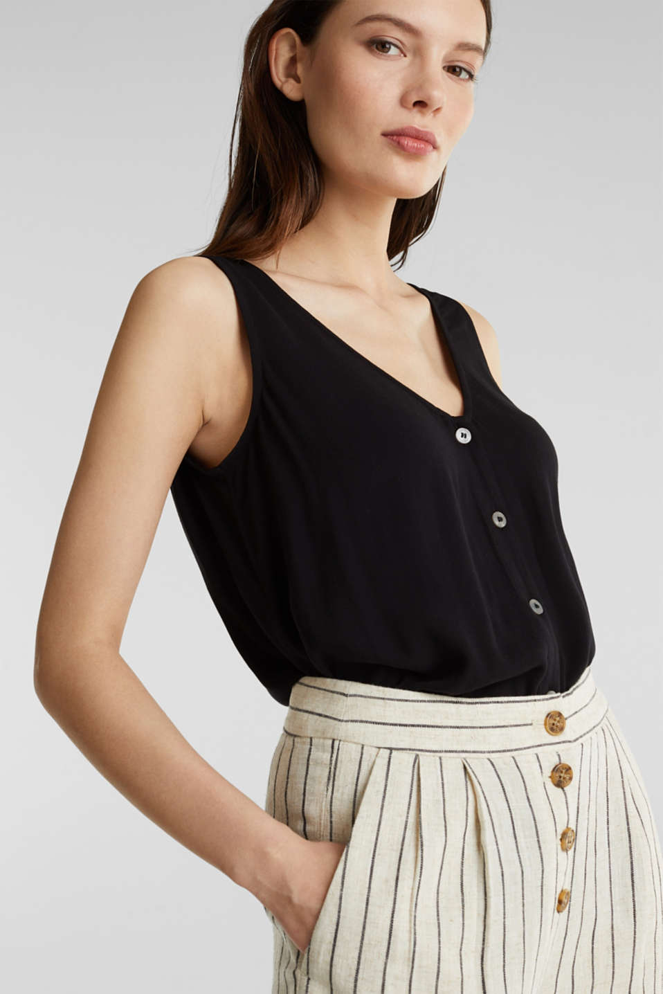 Crêpe blouse top with a button placket, BLACK, detail image number 4