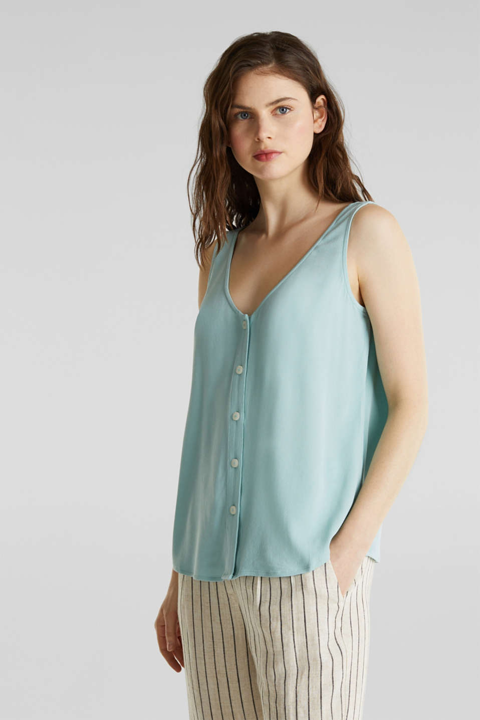 Esprit - Crêpe blouse top with a button placket