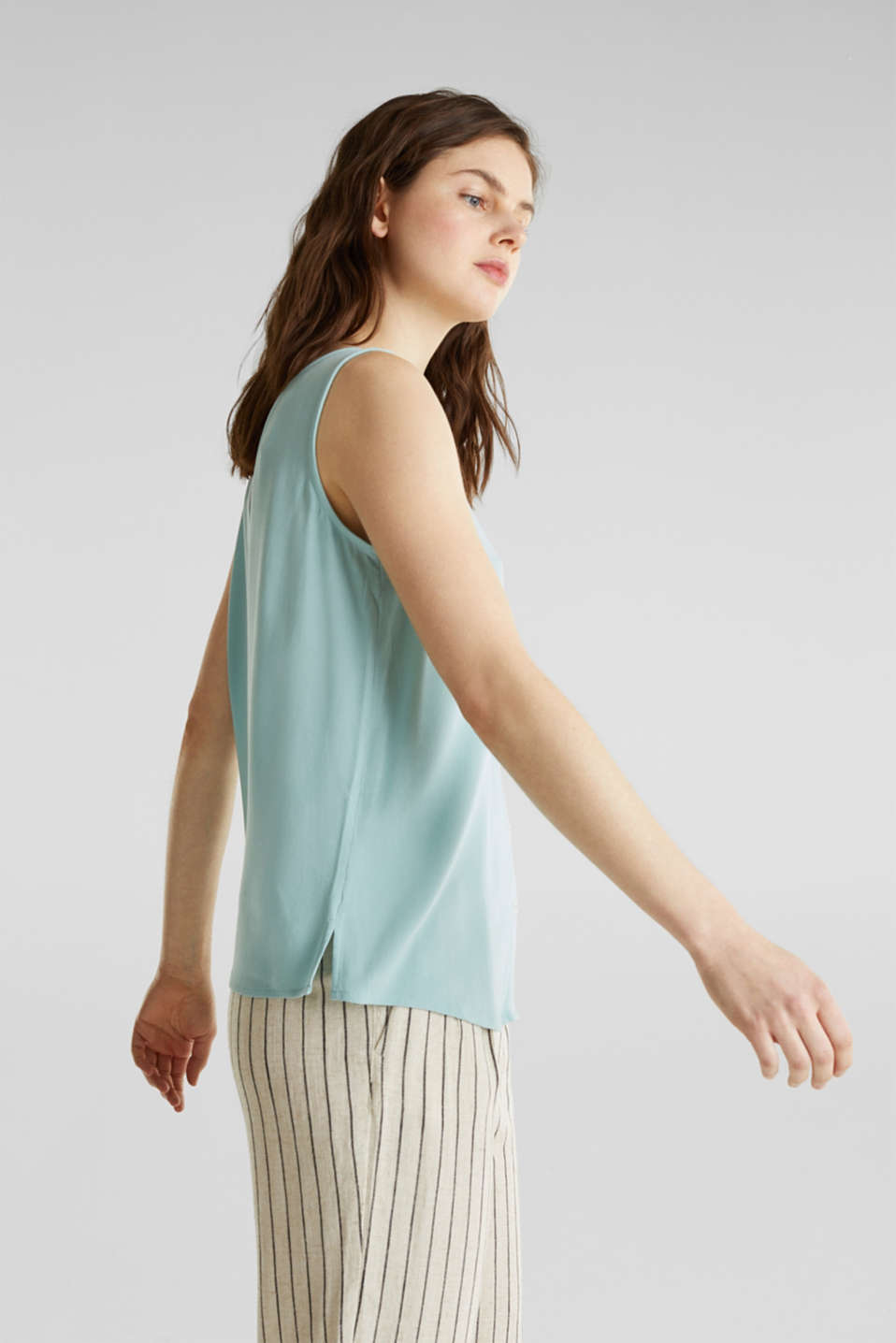 Crêpe blouse top with a button placket, LIGHT AQUA GREEN, detail image number 5