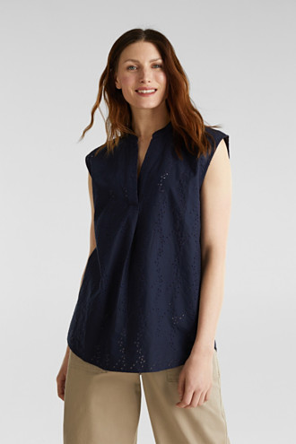Blouse with a fashionable mixed pattern