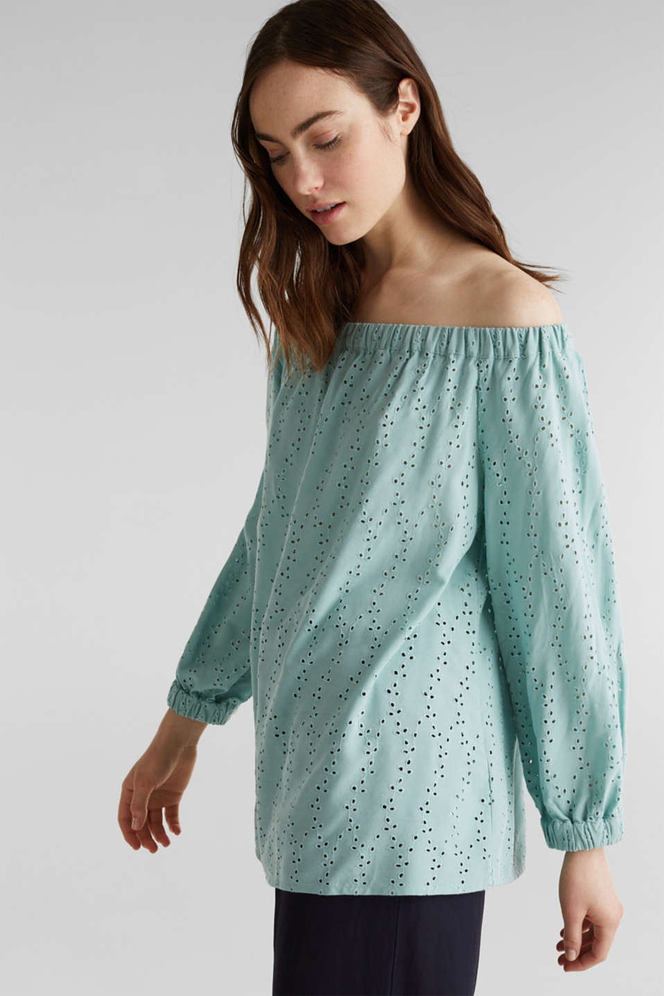 Carmen blouse with broderie anglaise, LIGHT AQUA GREEN, detail image number 0