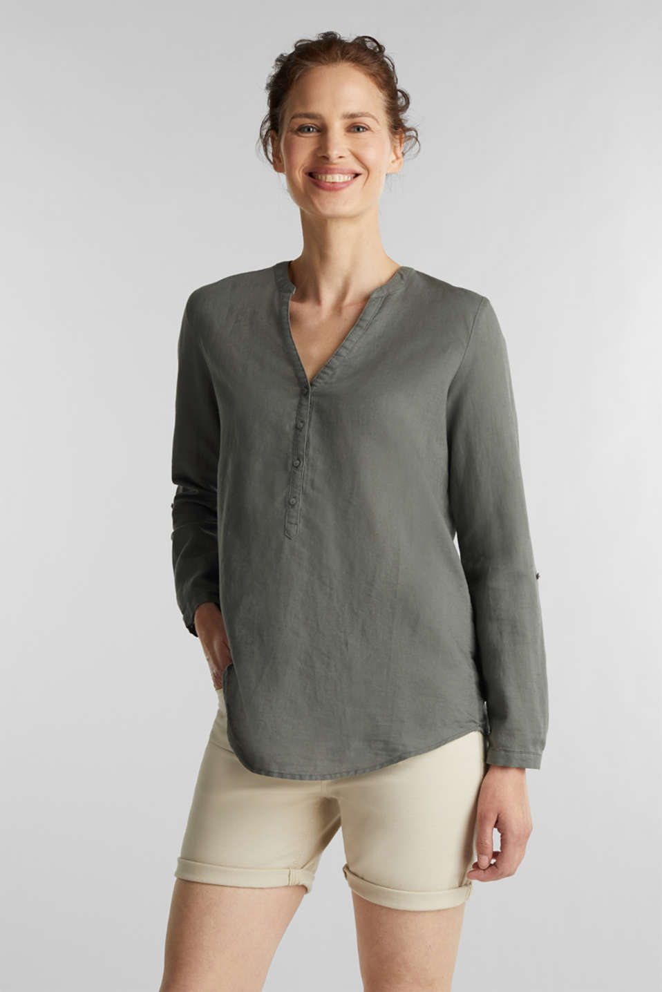 Esprit - Turn-up blouse in blended linen