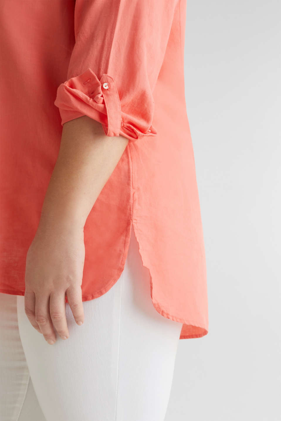 CURVY Made of blended linen: Henley blouse, CORAL, detail image number 3