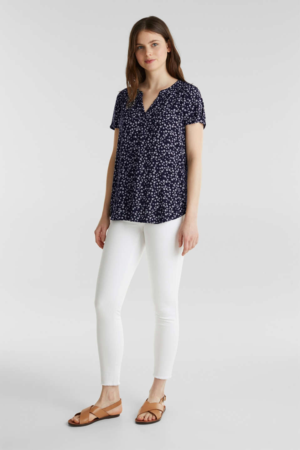Print blouse with LENZING™ ECOVERO™, NAVY 4, detail image number 1