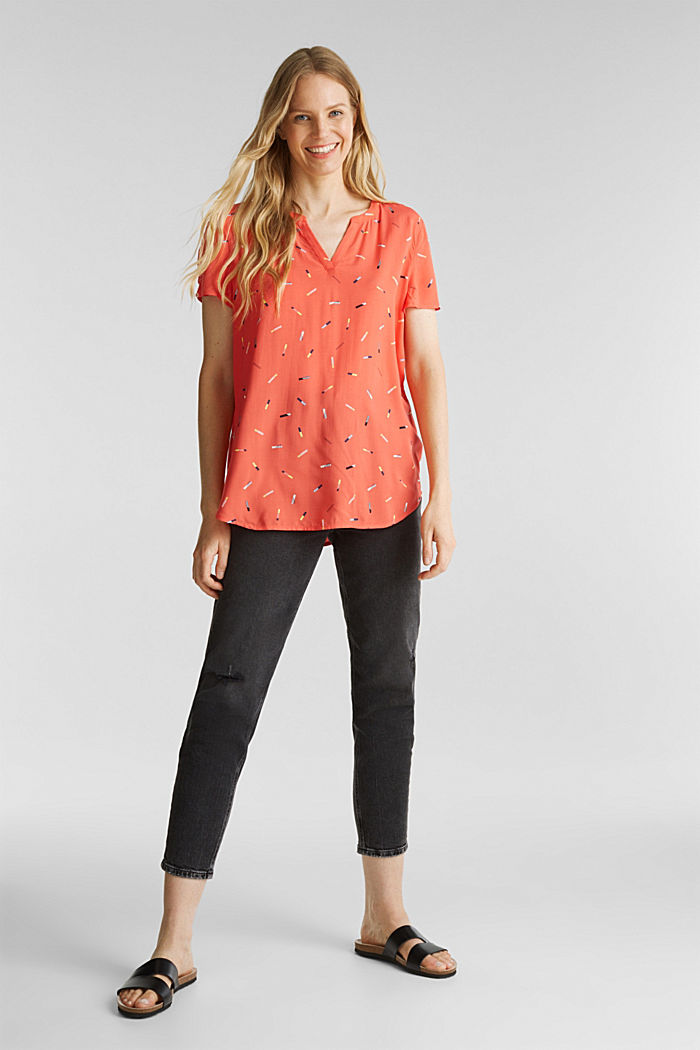 Print blouse with LENZING™ ECOVERO™, NEW CORAL, detail image number 1