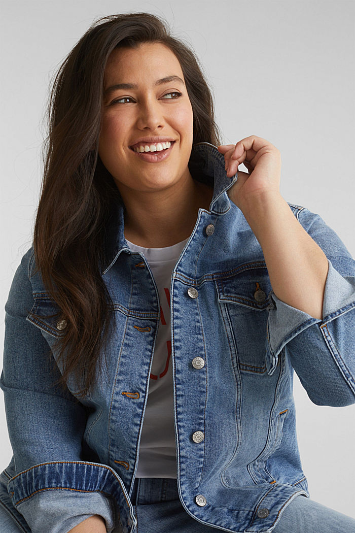 CURVY denim jacket in a basic style, BLUE MEDIUM WASHED, overview