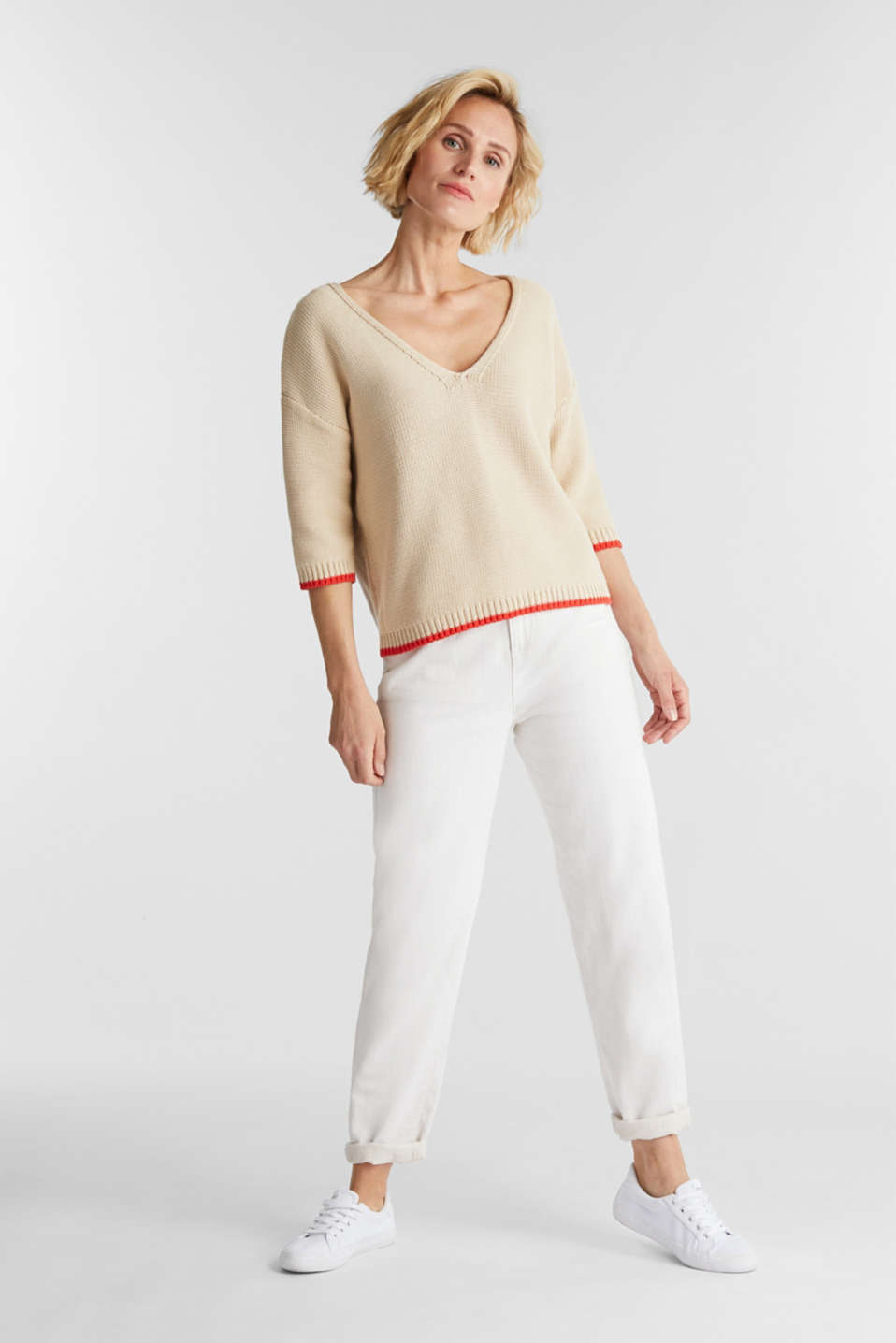 Jumper with a V-neck, 100% cotton, LIGHT BEIGE, detail image number 1