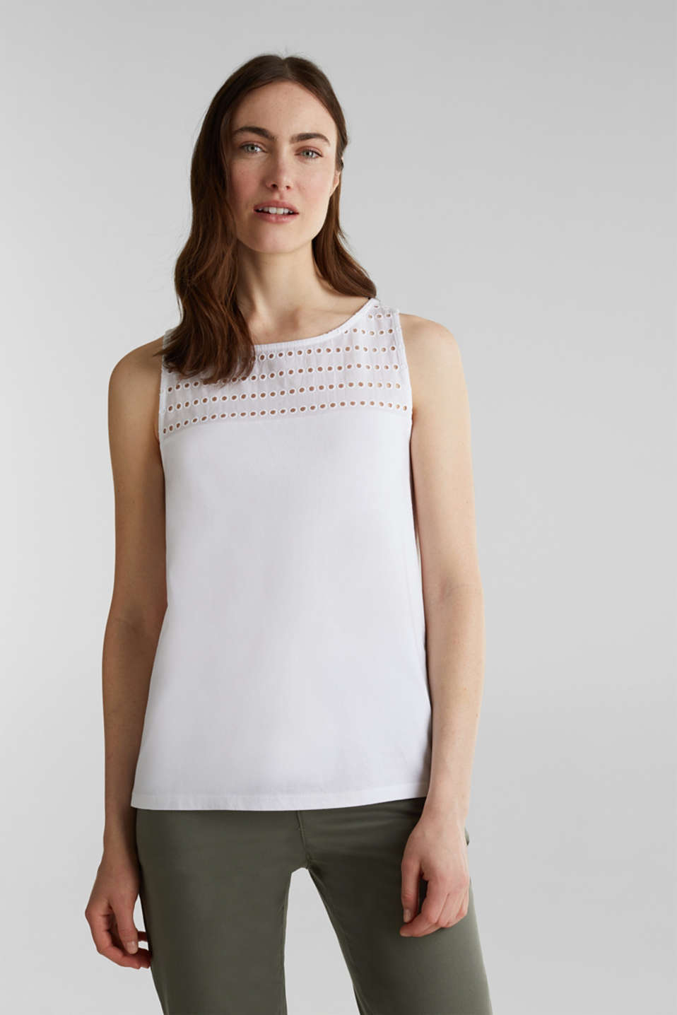 Esprit - Top in materiale misto con ricamo traforato