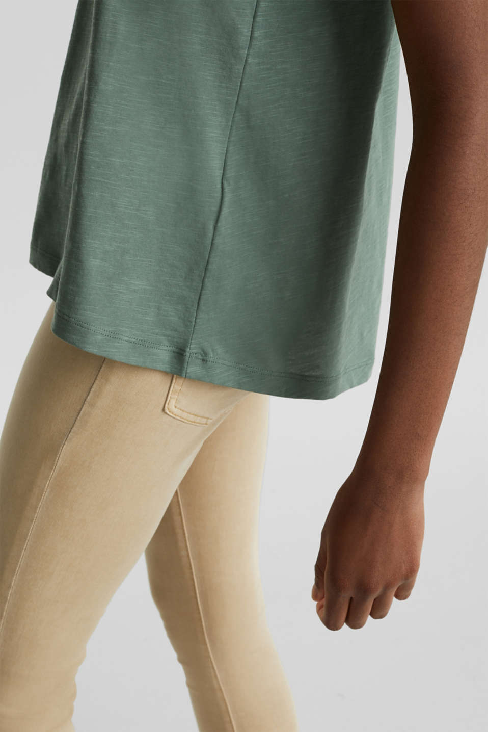 A-line sleeveless top made of 100% organic cotton, KHAKI GREEN, detail image number 2