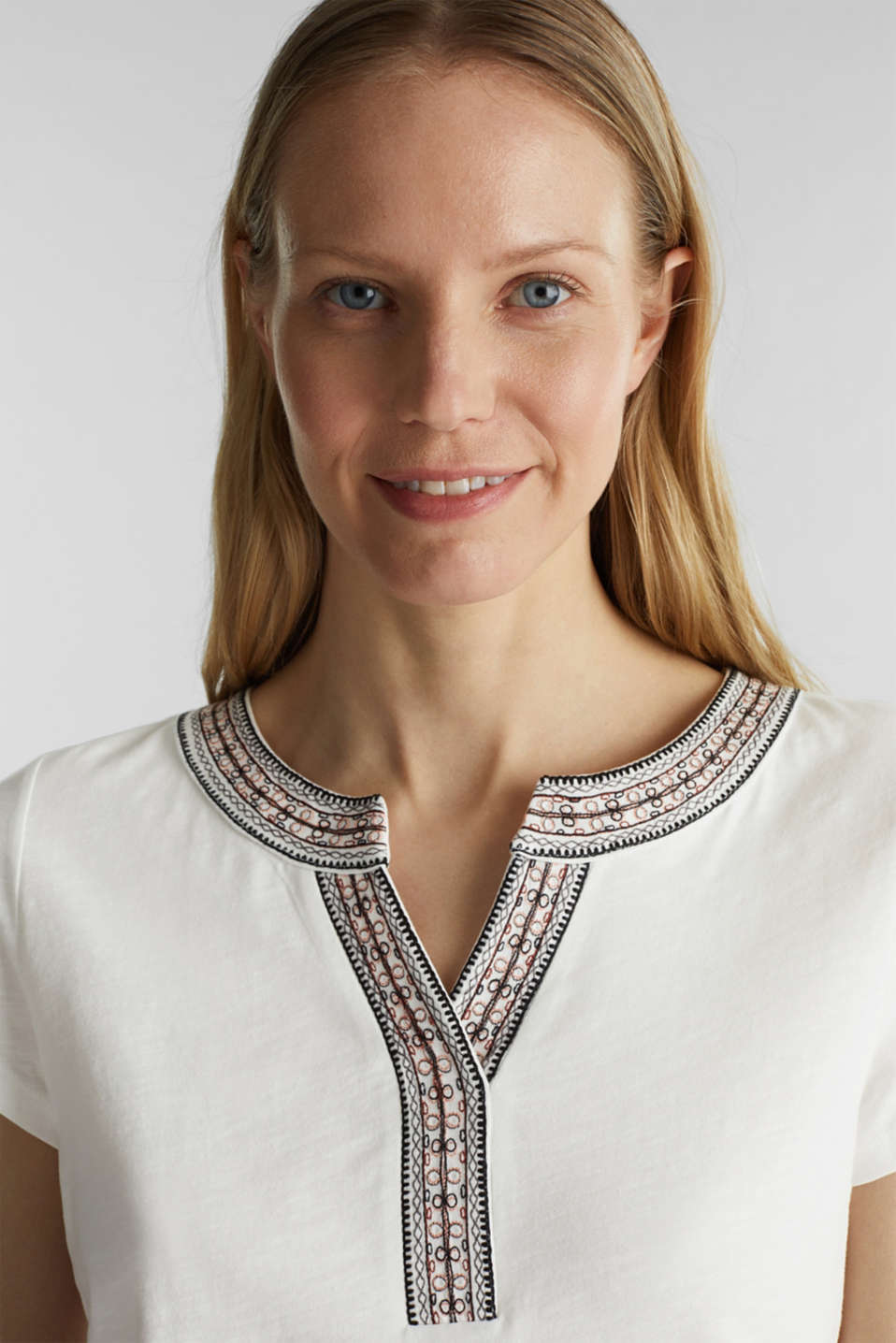Embroidered T-shirt, 100% cotton, OFF WHITE, detail image number 5