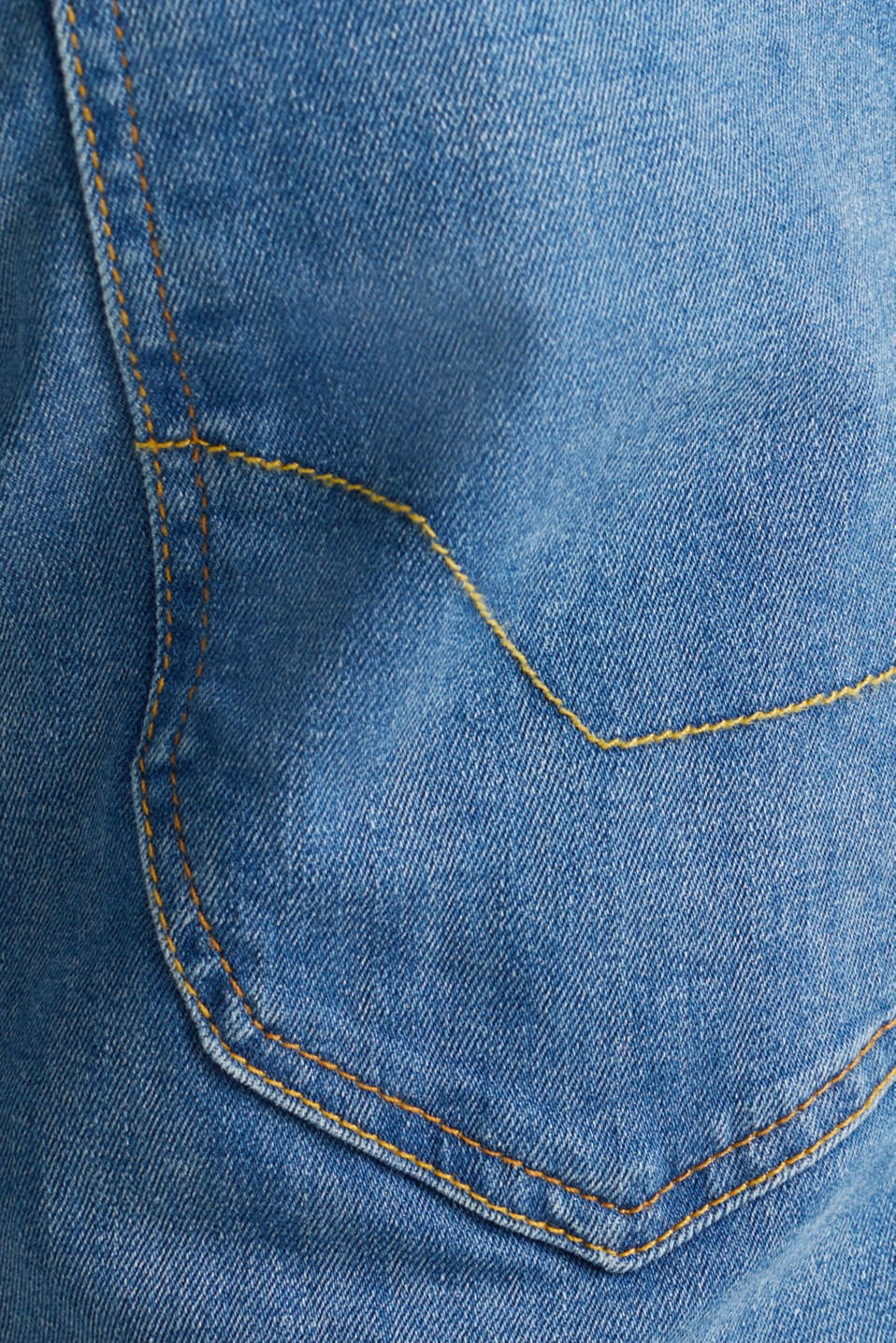 Denim Bermudas with a washed-out effect, BLUE MEDIUM WASH, detail image number 5