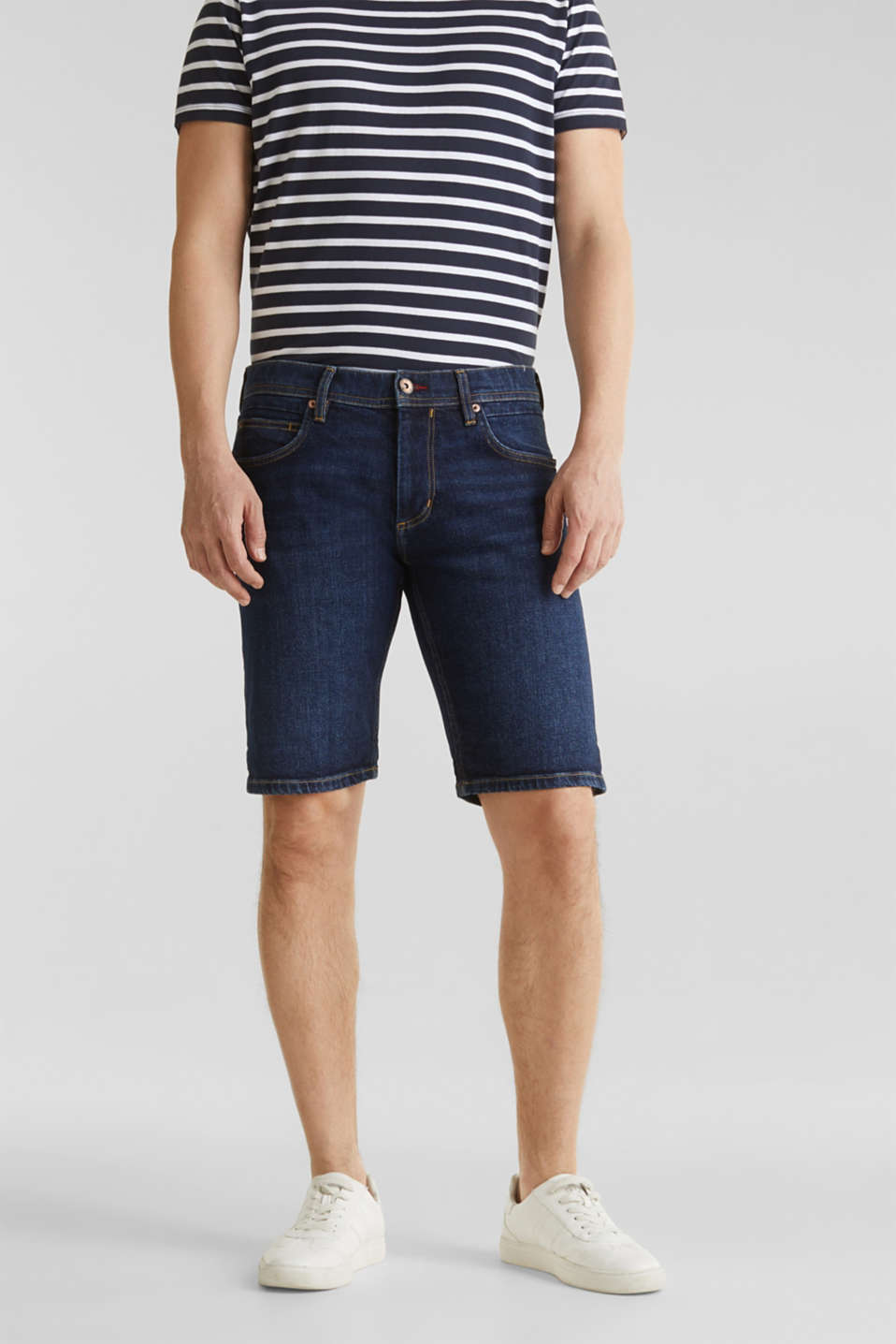 Esprit - Denim shorts with organic cotton