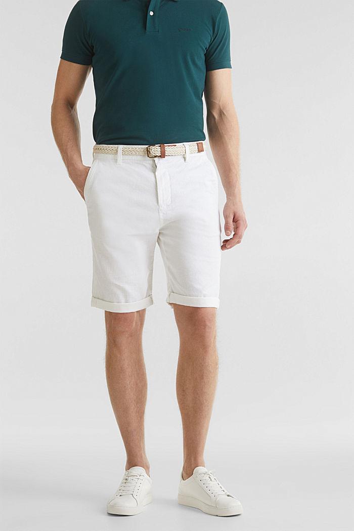 À teneur en lin: le bermuda à ceinture