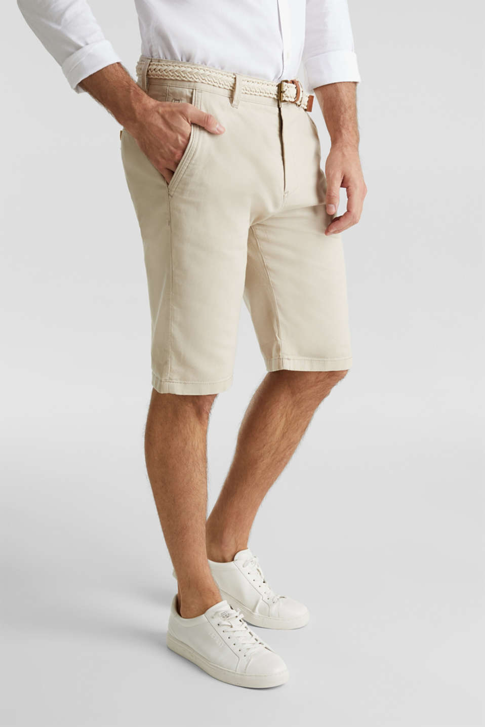Esprit - Blended linen: Bermudas with belt