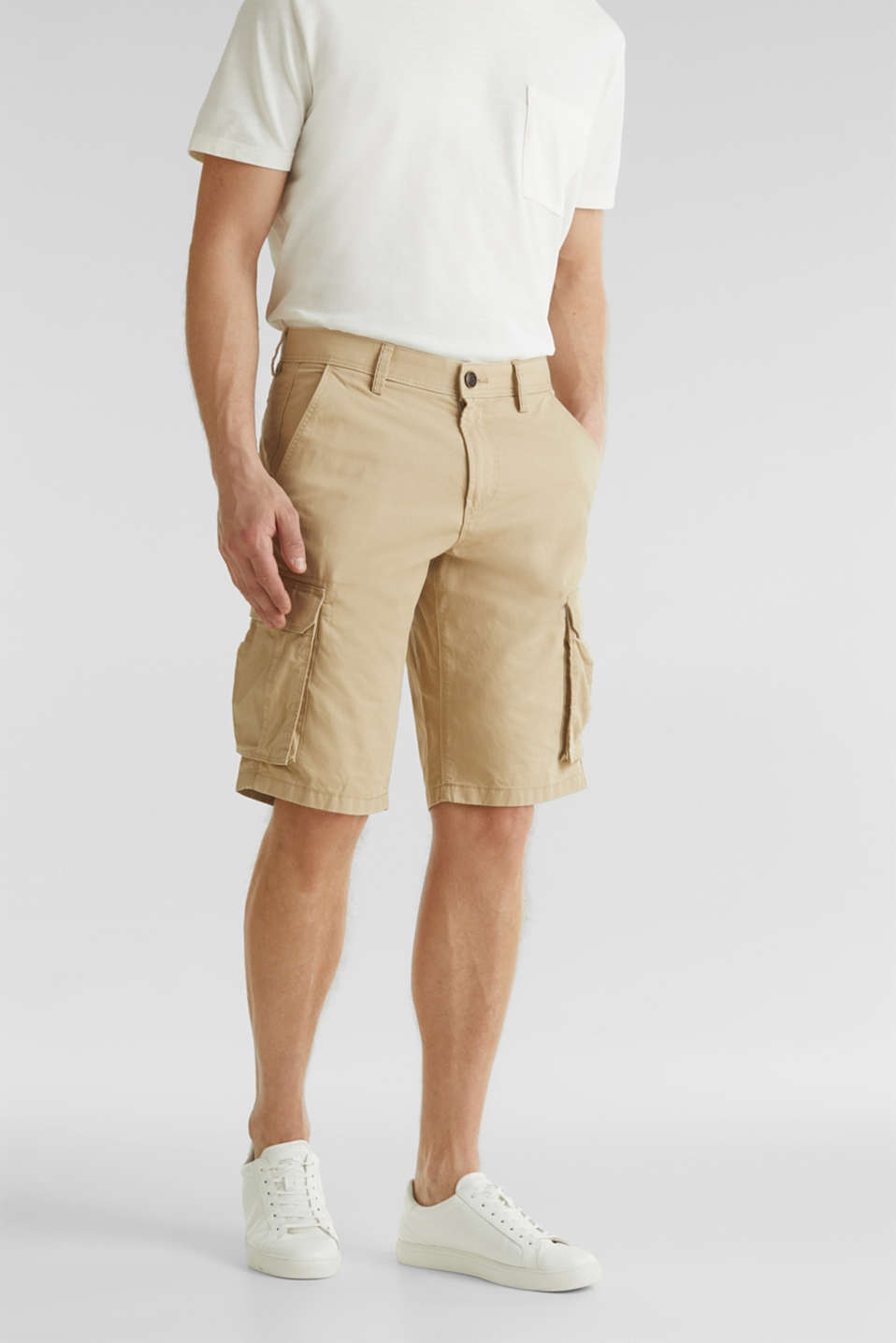 Esprit - Cargo shorts made of 100% cotton