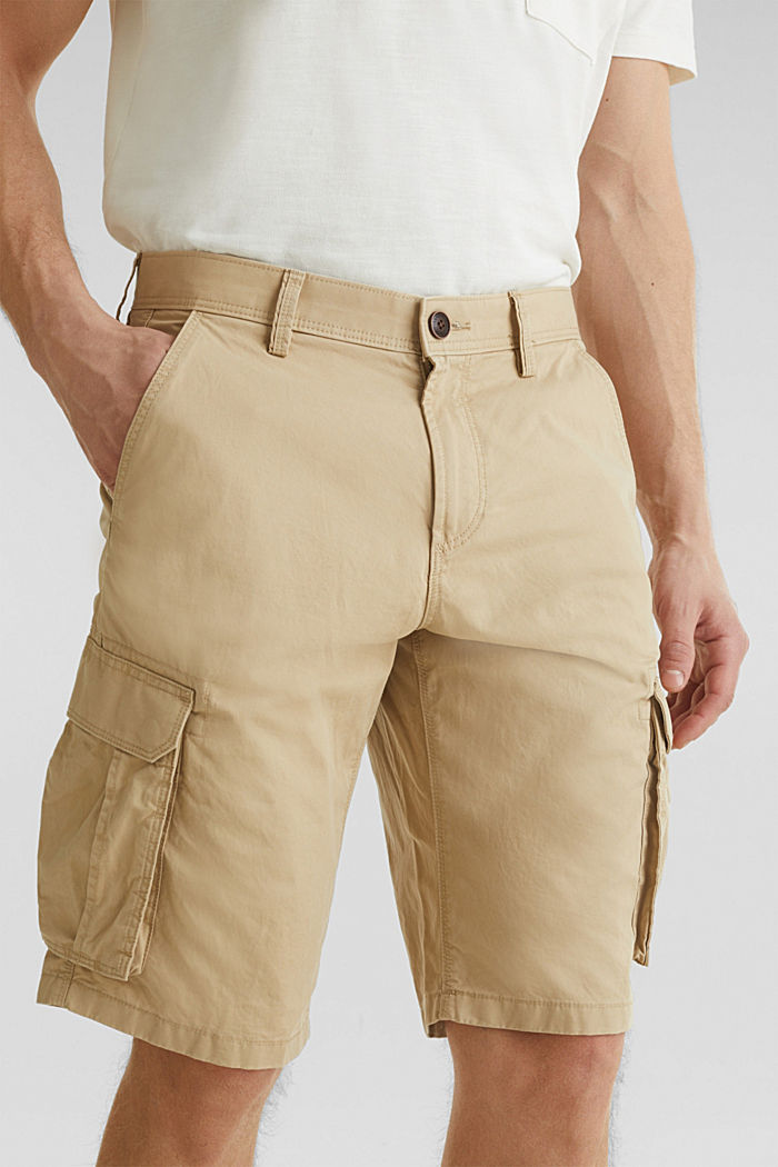 Cargo shorts made of 100% cotton