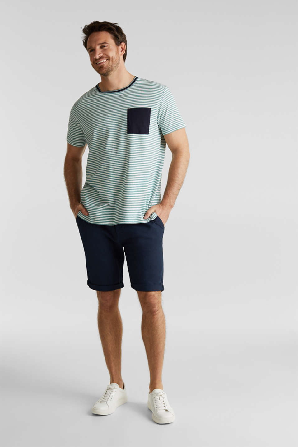 With linen: Jersey top with a pocket, TEAL GREEN 3, detail image number 2