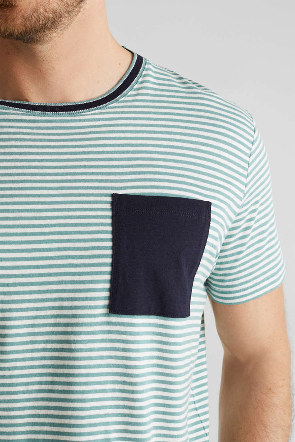 With linen: Jersey top with a pocket, TEAL GREEN 3, detail image number 1