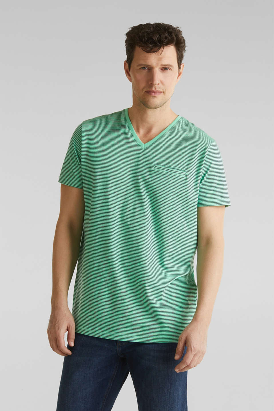 Esprit - Jersey T-shirt in 100% cotton
