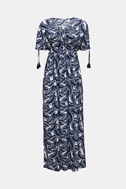 Maxi beach dress with a leaf print