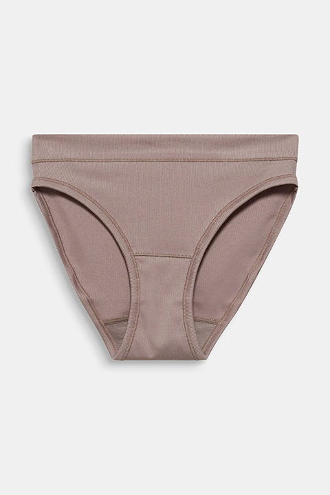 Briefs made of ribbed jersey
