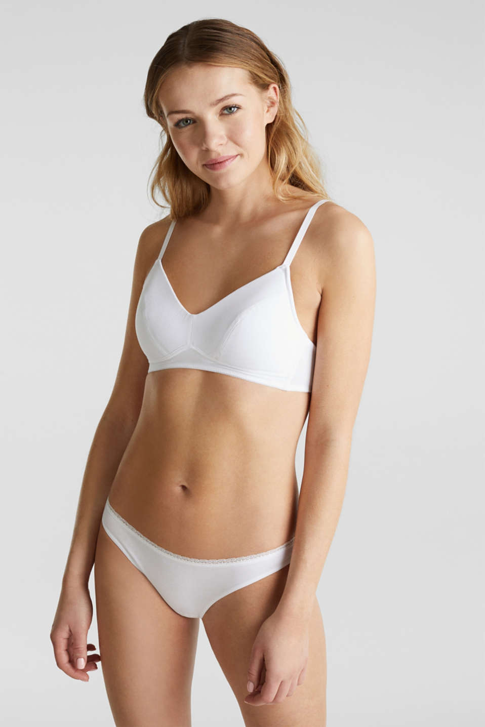 Esprit - Triple pack: hipster briefs with a lace waistband