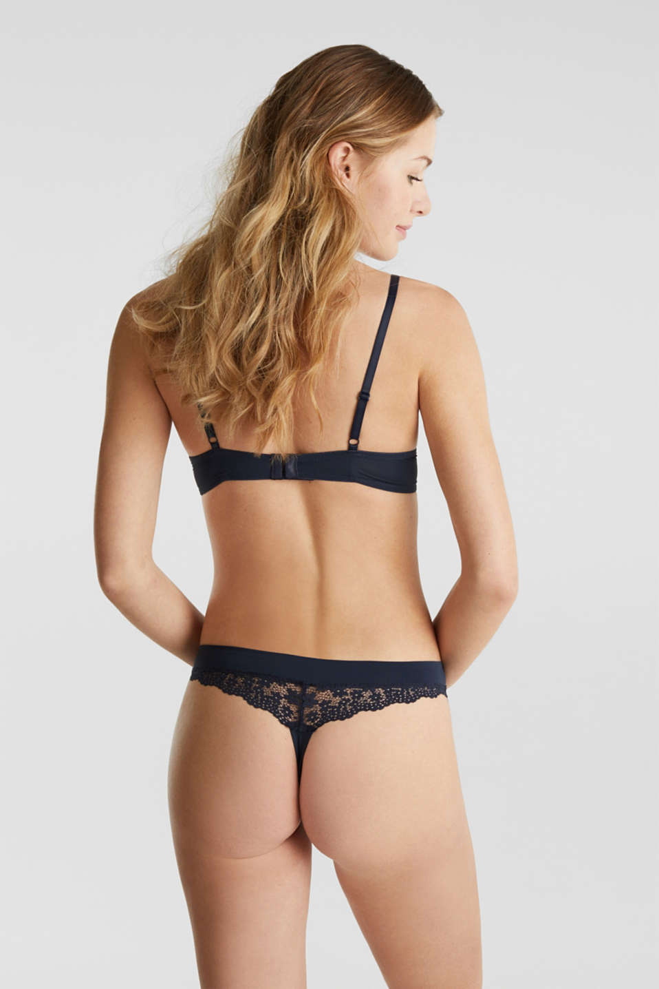 Hipster thong in crocheted lace, NAVY 2, detail image number 2