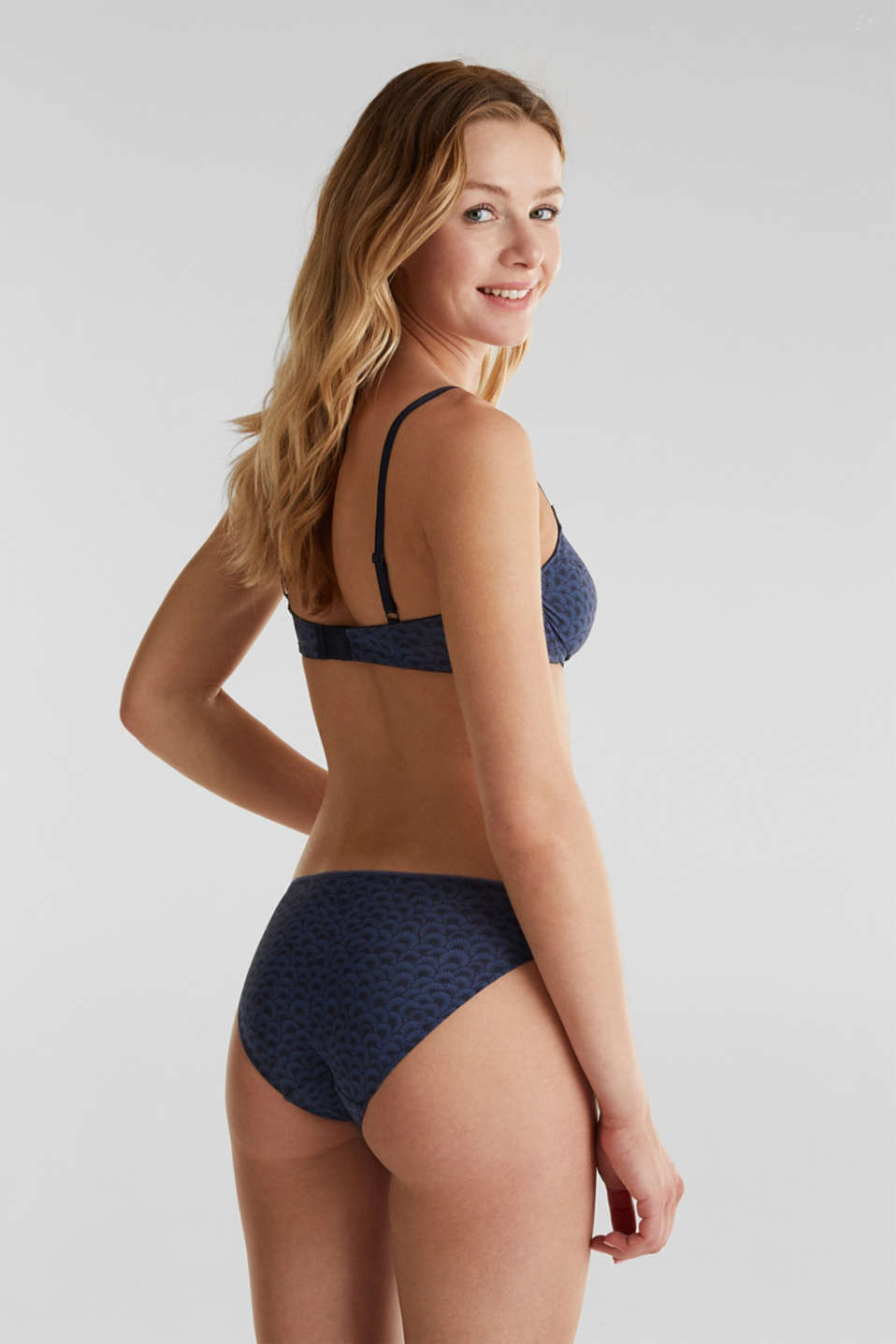 Unpadded, underwire bra with a shell print, NAVY 2, detail image number 1