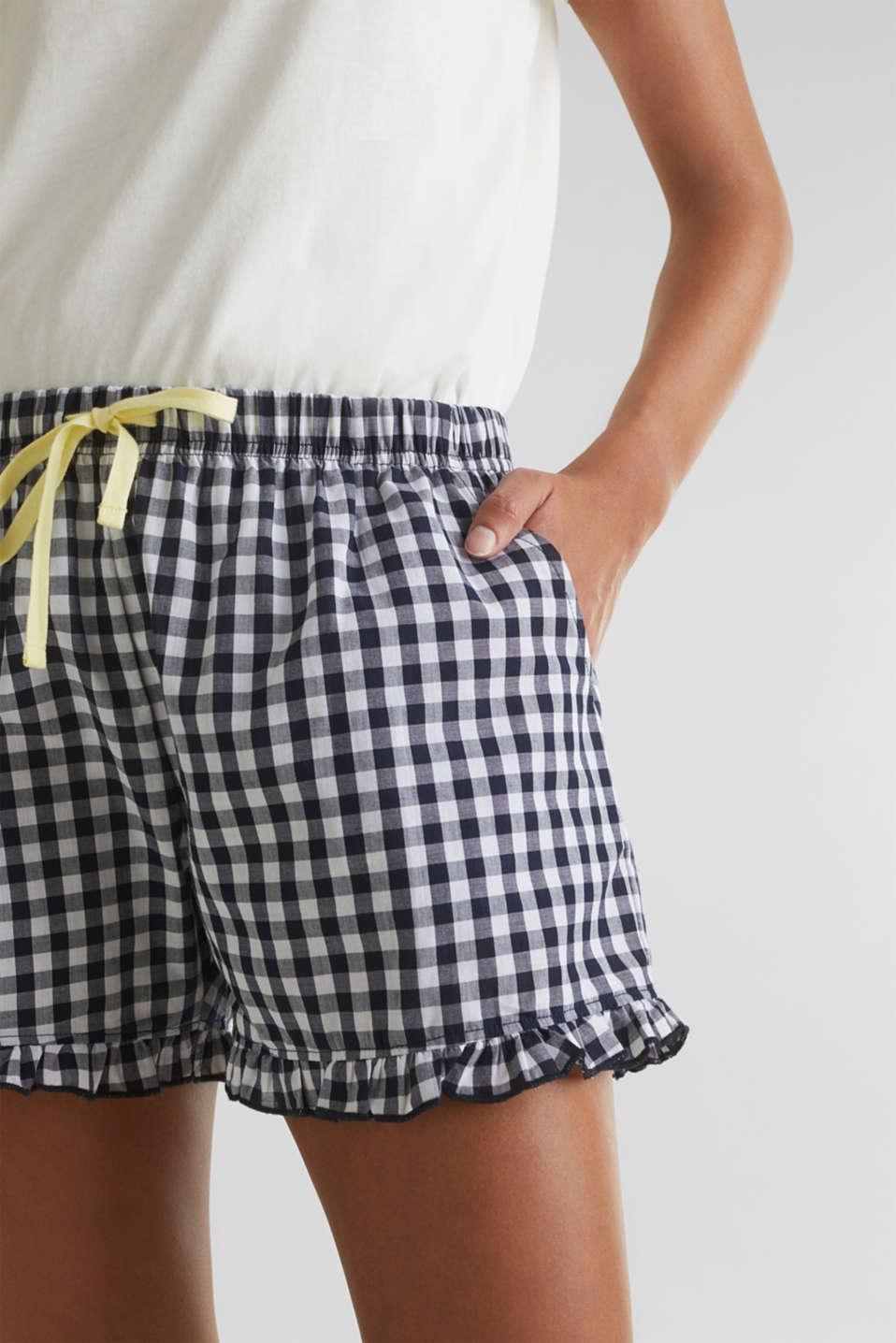 Woven shorts with frills, 100% cotton, NAVY 2, detail image number 1