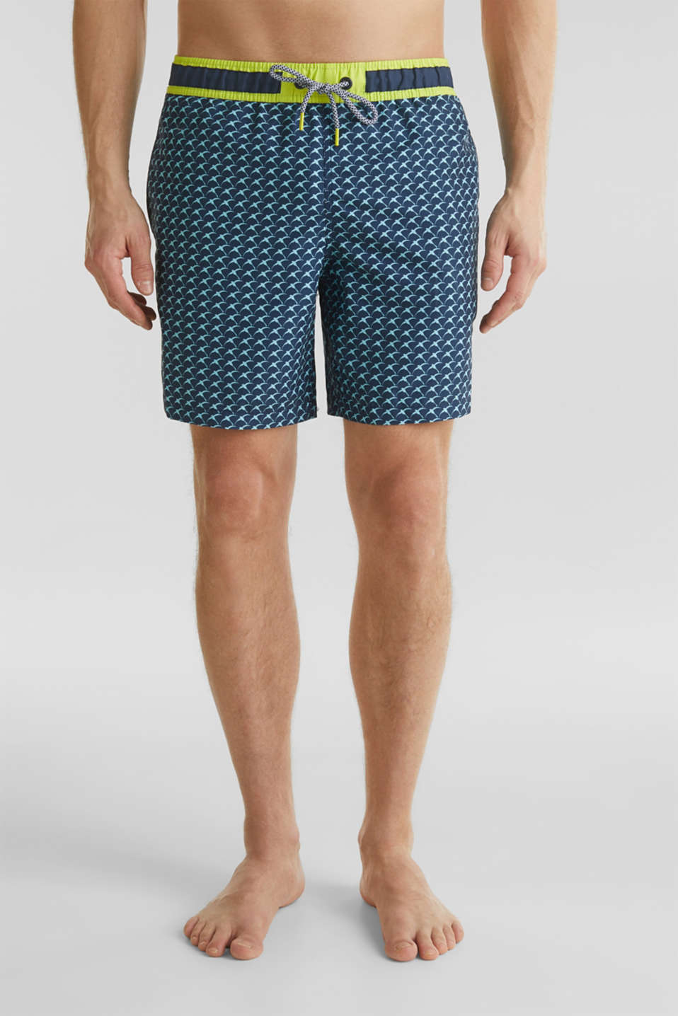 Esprit - Swim shorts with a print and neon details