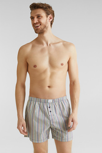 In a double pack: shorts in 100% cotton
