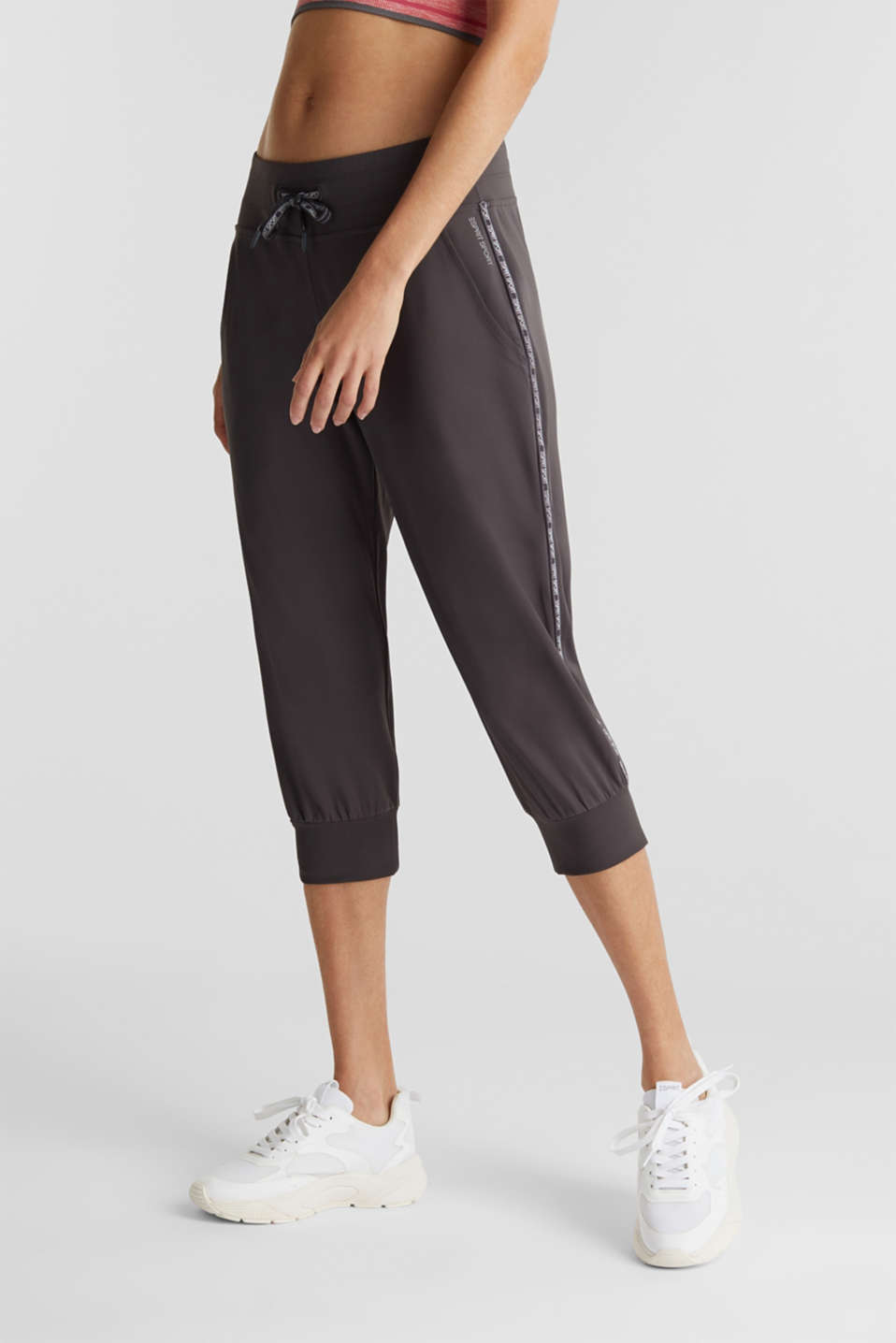 Esprit - Capri trousers with striped tape, E-DRY
